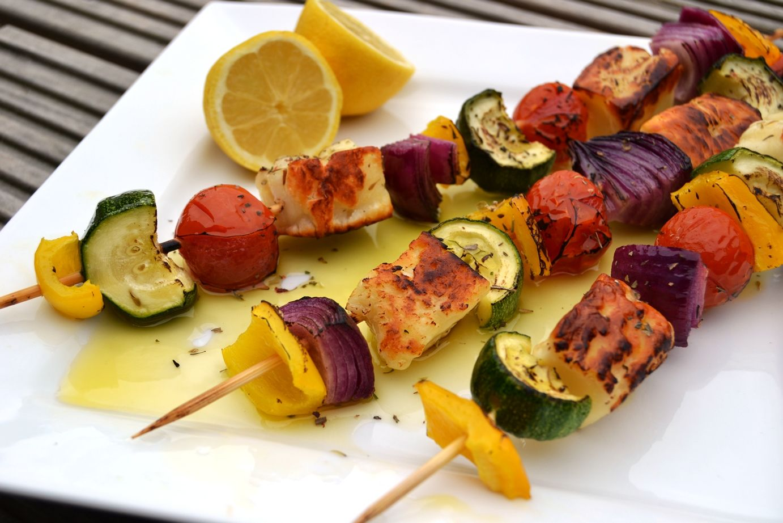 Receta brochetas de vegetales asados - Como hacer verduras salteadas ...